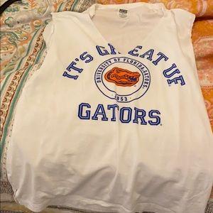 VS Pink w/5th & ocean Gators shirt XS